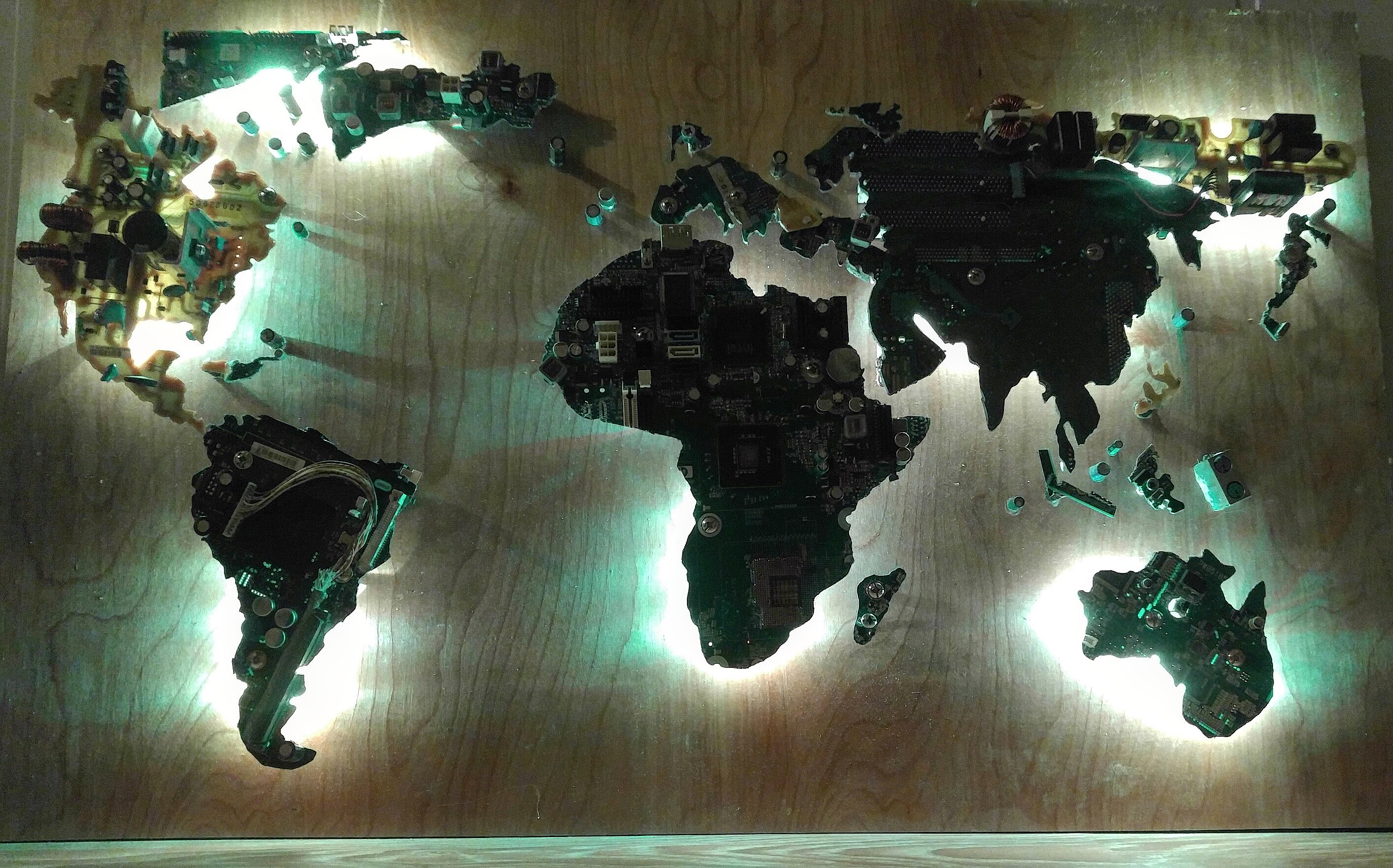 Recycled computer parts luminating world map simplywireart recycled computer parts luminating world map gumiabroncs Choice Image